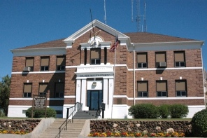 Golden_Valley_Courthouse_2010.JPG Image